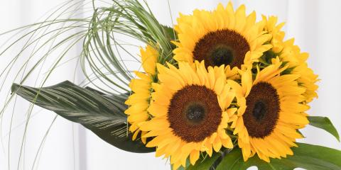 Celebrate Boss' Day With a Special Flower Arrangement, ,