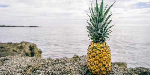 How to Properly Cut a Pineapple in 4 Easy Steps, Honolulu, Hawaii