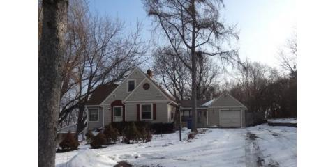 3 Bdrm 1 Bath home for Sale in Plymouth MN!, Coon Rapids, Minnesota