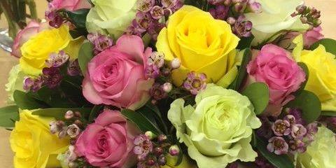Buy the Best Fresh Flowers for Your Valentine from Roaring Oaks Florist!, Lakeville, Connecticut