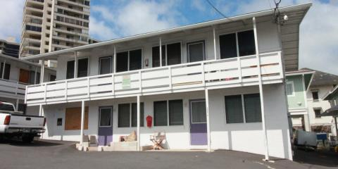 2 bd, 1 bath, 1 parking apt. in Makiki- New flooring & paint, Honolulu, Hawaii