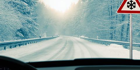 How Winter Weatherproofing Helps Avoid Windshield Repair & Unsafe Driving, Cincinnati, Ohio
