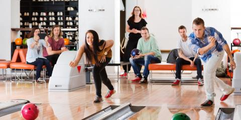 3 Reasons to Host a Year-End Corporate Bowling Party, ,