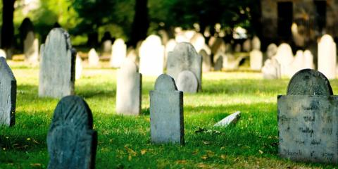 Consider a Gift to Oak Grove Cemetery This Holiday Season, La Crosse, Wisconsin