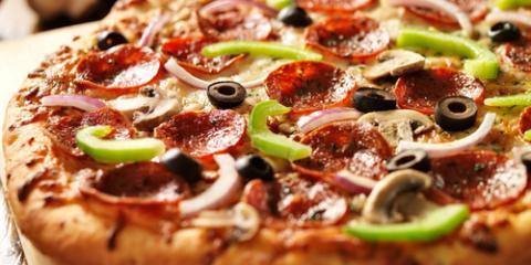 3 Customer Favorites at this Wisconsin Pizza Spot, Onalaska, Wisconsin