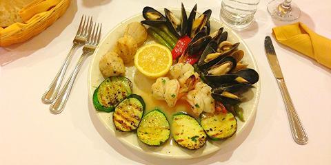 Enjoy Gluten-Free Italian Food in Levittown, Hempstead, New York