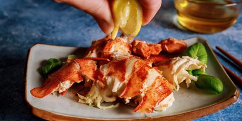 4 Simple Steps of Eating Lobster, Oxford, Connecticut