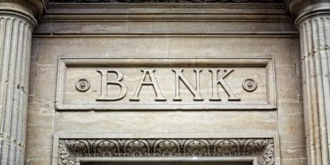 A Brief History of the Modern Bank, Hodgenville, Kentucky