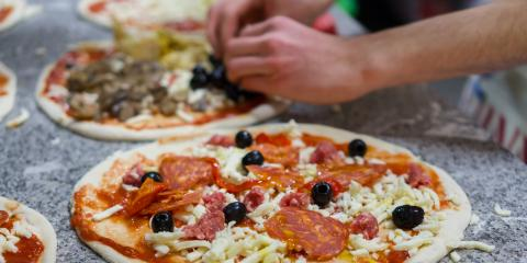 4 Fantastic Pizza Promotions to Offer This Winter, Gulf Shores, Alabama