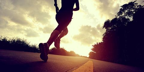 A Physical Therapist Explains How Runners Can Stop Knee Pain, Mamou, Louisiana