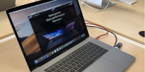 """Save $650 on a 15"""" Macbook Pro Touchbar, Northwest Harris, Texas"""