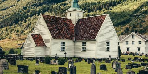 An East Haven Funeral Home Explains 4 Types of Burial Plots for Memorial Services, East Haven, Connecticut