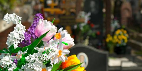 3 Ways to Personalize a Memorial Service, Grand Rapids, Wisconsin