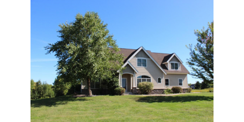 REDUCED PRICE on N4457-1115th Street, Prescott, WI  New price $414,900! Come see all this home has to offer!, Red Wing, Minnesota