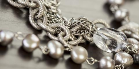 3 Reasons to Rent Costume Jewelry From Vintique Vintage Jewelry for Holiday Performances, ,