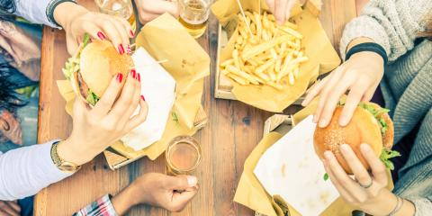 How to Eat Burgers (the Right Way), North Hempstead, New York