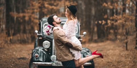 How to Select the Right Outfit for Your Engagement Photos, Greece, New York