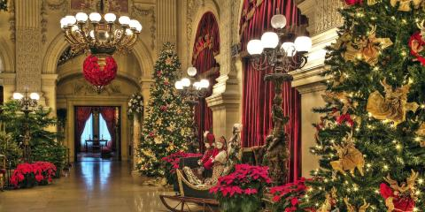 Tour to Christmas in Newport, Boston, Massachusetts