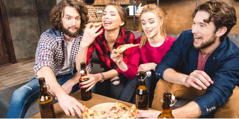Why You Should Choose Pizza Delivery for Your Game Day Party, Covington, Kentucky