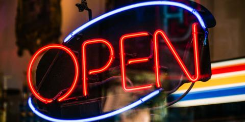 5 Reasons Why Your Business Needs Illuminated Signs, North Myrtle Beach, South Carolina
