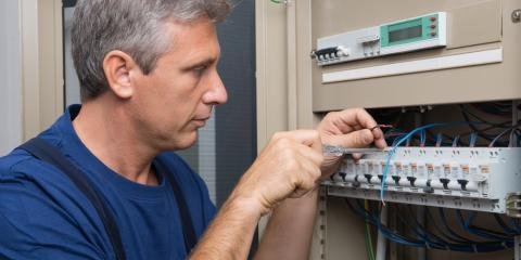 3 Reasons Your Circuit Breaker Keeps Tripping, North Umpqua, Oregon