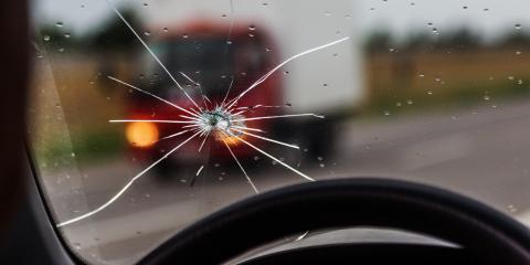 The Dos & Don'ts of Mitigating & Fixing a Windshield Crack, O'Fallon, Missouri