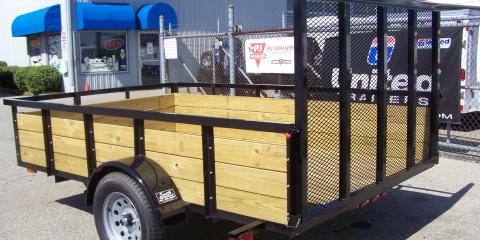 What to Consider When Weighing Single & Tandem Axle Utility Trailers, West Chester, Ohio