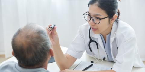 How Do Ophthalmologists Differ From Optometrists & Opticians?, Honolulu, Hawaii