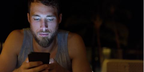 Does Looking at a Screen Before Bed Affect Your Sleep? An Optometrist Weighs In, Symmes, Ohio