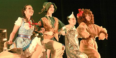 Dance Class Teachers Share 3 Ways Performing Benefits Kids , Honolulu, Hawaii