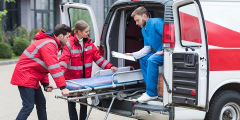 How to Differentiate Paramedics & EMTs, Sharonville, Ohio