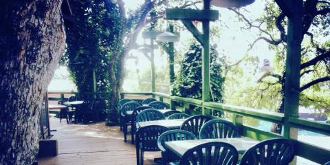 Why Now Is the Time to Enjoy Outdoor Seating at Grins Restaurant, San Marcos, Texas