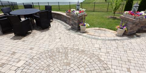 Patio Installation Why Choose Pavers Over St&ed Concrete? March 10 2017 & Patio Installation: Why Choose Pavers Over Stamped Concrete? - Lawn ...