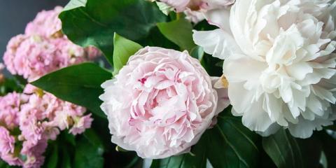 Stay on Trend With Wedding Floral Arrangements From Hamden Florist, Hamden, Connecticut