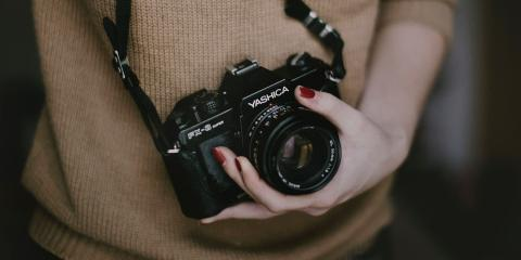 Print vs. Digital Photography: The Pros & Cons of Each, Queens, New York