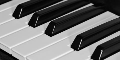 Take Flute, Piano, or Voice Lessons With a Music Teacher From Onalaska's Premier Music School, Onalaska, Wisconsin