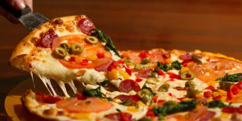 Traditional vs. Pan Crust Pizza: What's the Difference?, Liberty, Ohio