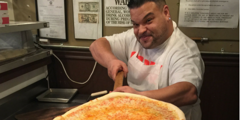3 Essential Measures That Define the Perfect Pizza Crust, Brookhaven, New York