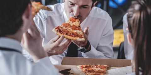 3 Reasons to Treat Your Employees to Pizza, Gulf Shores, Alabama