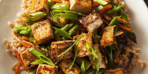 Honolulu Poke Chefs Weigh In on the Health Benefits of Tofu , Honolulu, Hawaii