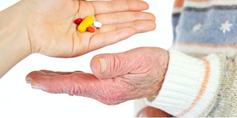 3 Tips to Helping Seniors Manage Prescriptions, Cincinnati, Ohio
