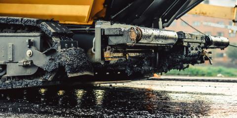 3 Indicators Commercial Driveways Need Seal Coating, Long Lake, Minnesota