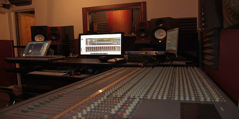 Tips From PRR Time Studio: Choosing The Right Music Recording Studio, Hempstead, New York