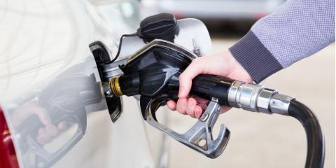 5 Safety Tips When Pumping Unleaded Gas, Lynne, Wisconsin