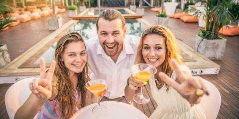 3 Benefits of Having a Poolside Restaurant in Your Hotel, Honolulu, Hawaii