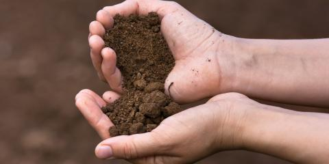What's the Difference Between Fill Dirt & Topsoil?, Moscow Mills, Missouri