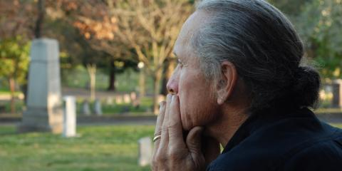 3 Ways to Help a Friend Through the Grieving Process, Greece, New York