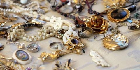 3 Ways to Determine How Much Your Antiques Are Worth, Greece, New York