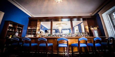 The Blue Bar at India House: The Finest Cocktail Bar in Hanover Square , Manhattan, New York