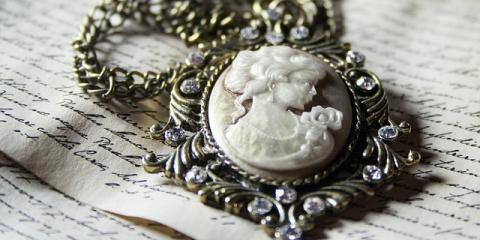 How to Prepare Your Pieces for an Antique Jewelry Auction